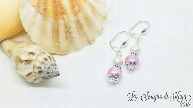 Orecchini con perle di Majorca.