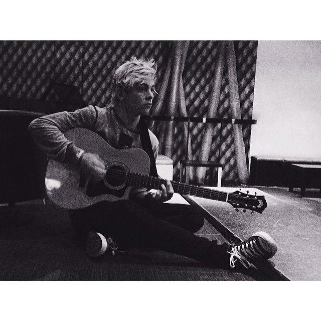Ross Lynch, R5 - Ross and a guitar - February 26, 2014 via Instagram