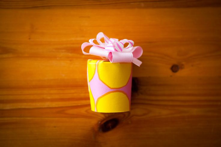 Colorful gift boxes / DIY / Wedding favour / Birthday / Kids / Party / Wrapping / Pastel / Marimekko / Napkins / Coffee cups