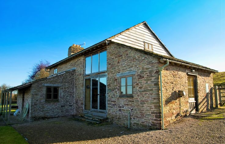 Beautifully restored cottages on an idyllic Welsh farm close to Hay on Wye