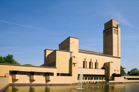 City Hall Hilversum by Dudok