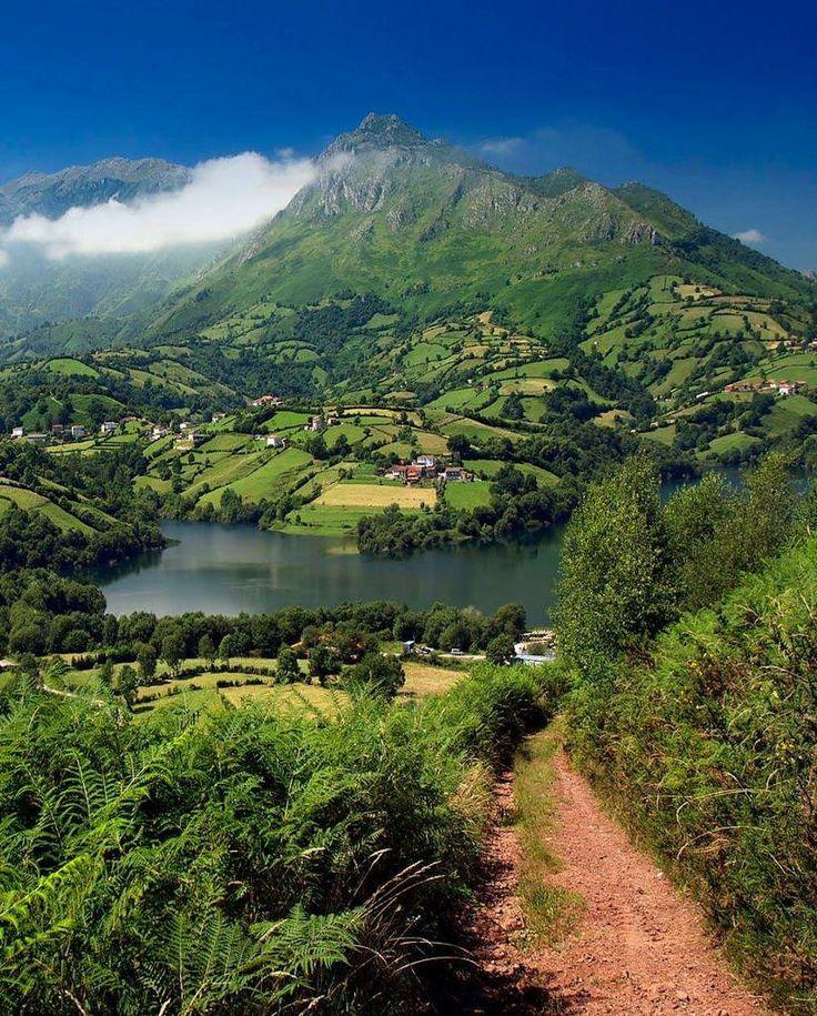 Embalse de los Alfilorios.- Asturias, Spain