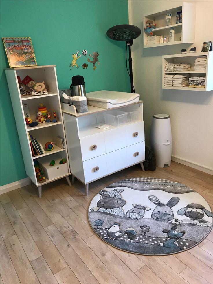 Trend Wickelplatz im Kinderzimmer Nursery M bel Wimex und IKEA Teppich Paco Home