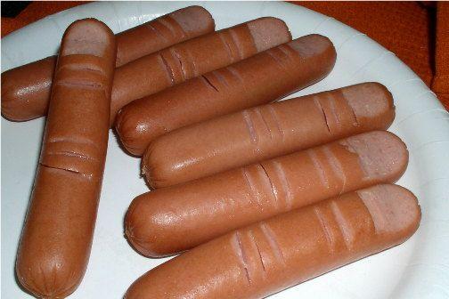 halloween puppy chow | hotdog (knuckles & fingernail. Then cook. Voila! A