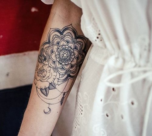 25 Arm Tattoo Ideas for Girls and Women (10)