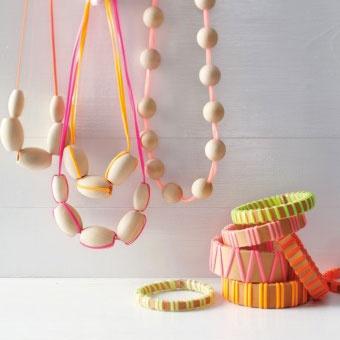 Des bijoux en bois DIY