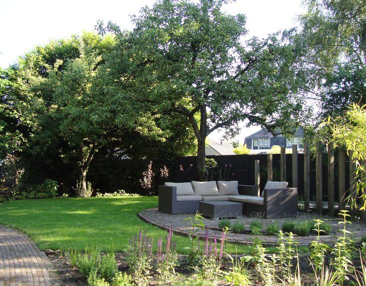 WiggersDesign   Ontwerp tuin met organische vormen en weelderige beplanting Driebergen