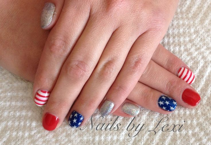 Forth of July nail art on natural nails