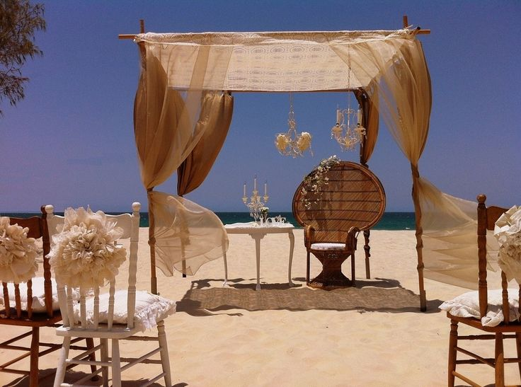 How cool is this Lawrence of Arabia inspired #wedding #ceremony