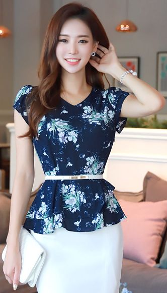 StyleOnme_Floral Print Tulip Sleeve Peplum Blouse #floral #blue #blouse #koreanfashion #kstyle #kfashion #summerlook