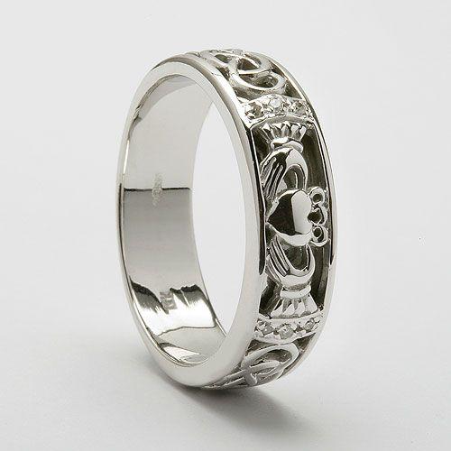 Best 25 Claddagh wedding ring ideas on Pinterest Claddagh