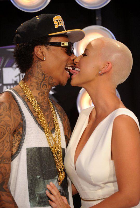 Ooooooo La La!: Updated: Amber Rose and Wiz Khalifa Divorce. She Tweets Out That He Cheated On Her! #OooLaLaBlog