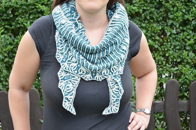 Ravelry: Project Gallery for Rebel pattern by Lesley Anne Robinson