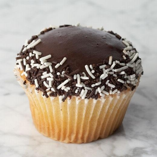 The Artie Lange cupcake was created by himself live on air in 2008 on the Howard Stern Show.