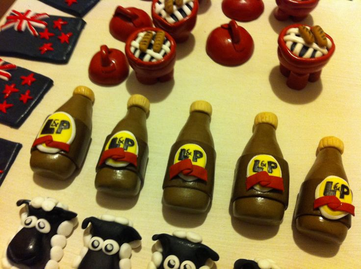 Kiwiana cupcake toppers