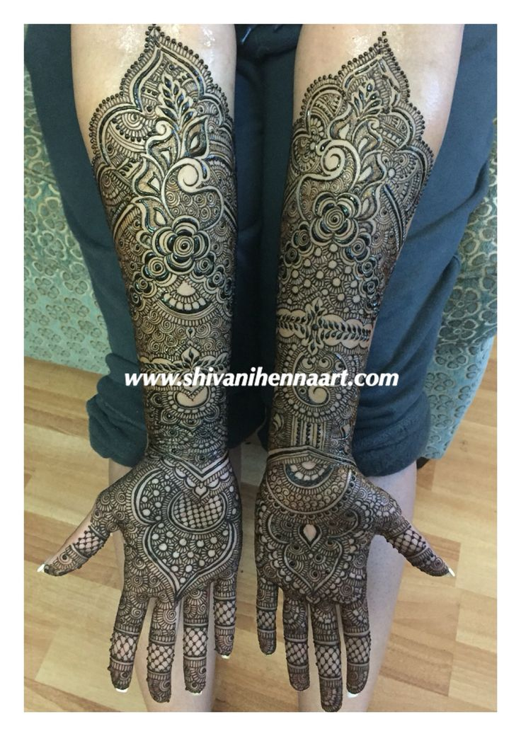 Henna with style and passion !!
