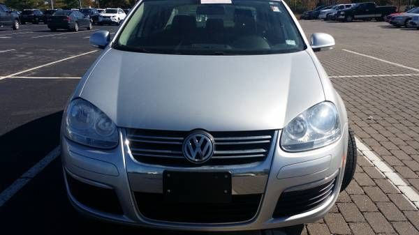 2010 Jetta tdi,, auto . loaded. 50 mpg;  74,k miles, $11,700