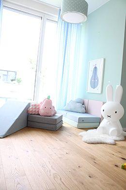 Spielpolster werden geliebt von Miniklein und Mittelklein - und sie sehen auch noch so toll aus!