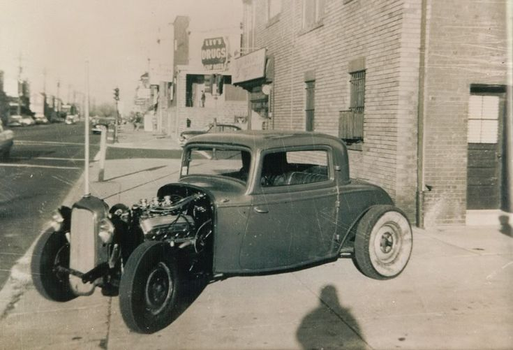 Billy Kelly 32 Ford 3 window coupe