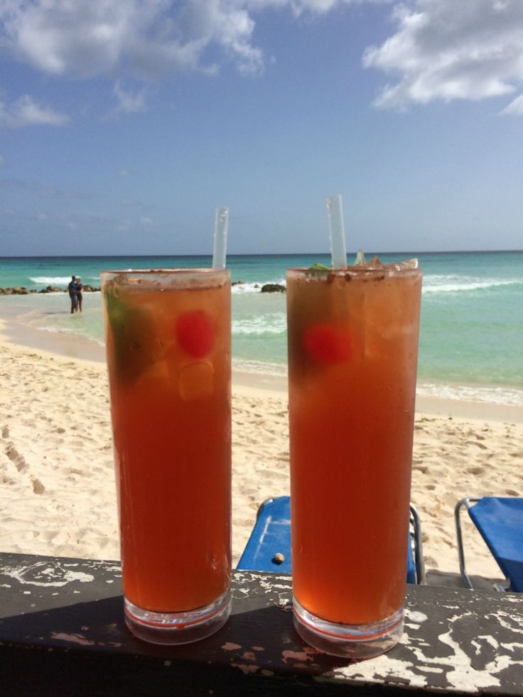 Discover how to make the perfect Barbados rum punch!