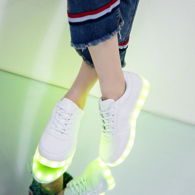 Latest Discount $10.07, Buy 7ipupas USB Charger Children Led shoes for Boy&Girl Glowing Sneakers Kids Light Up shoes led slippers Casual Luminous Sneakers
