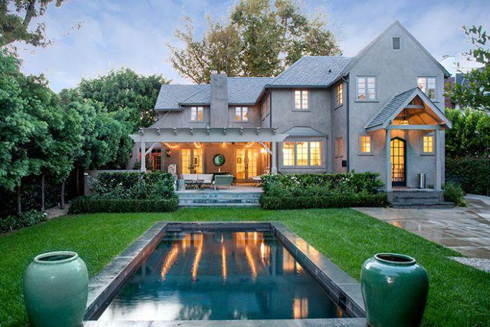 Joe Jonas Lists West Hollywood Home for $2.9M