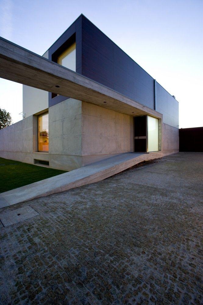 G.C. House / Atelier d'Architecture   Lopes da Costa