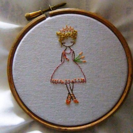 Free princess embroidery pattern from LiliPopo