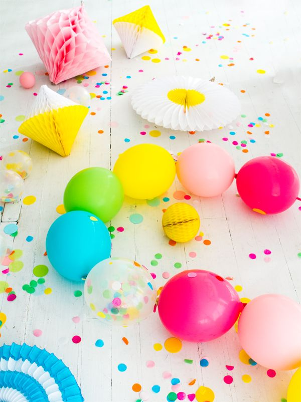 Linking Balloons Party Garland | Oh Happy Day!