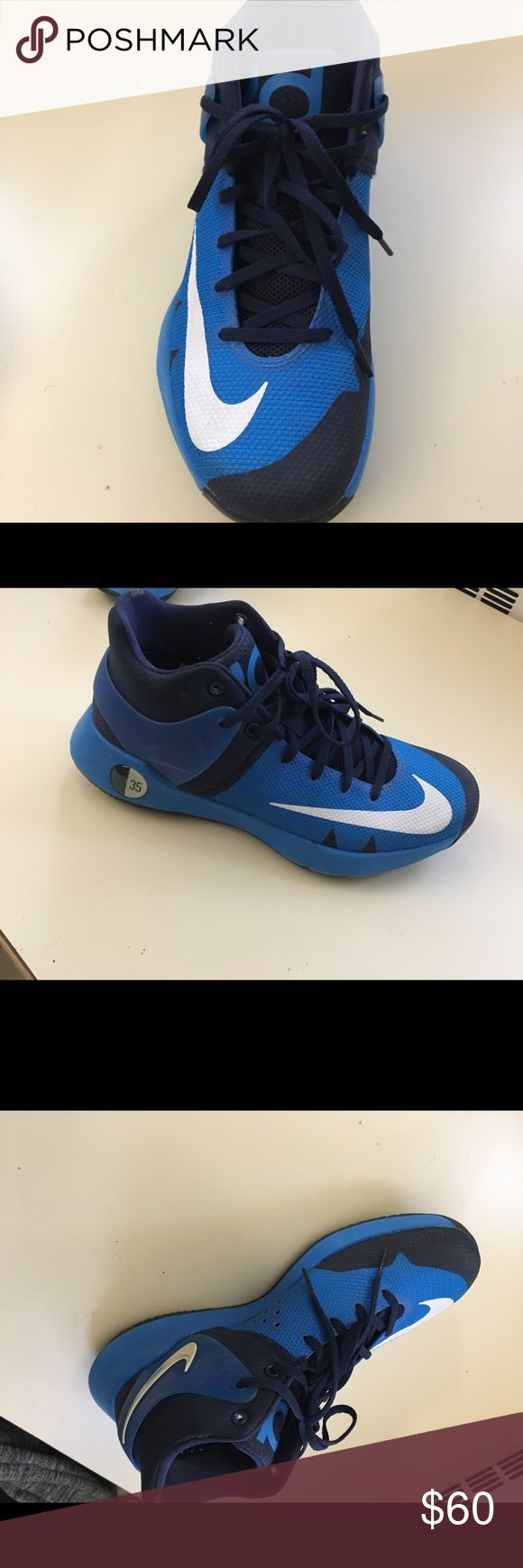 KD basketball shoes Worn couple of times in good condition Nike Shoes Sneakers
