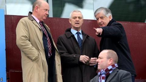 Aston Villa: David Bernstein and Lord King left after Randy Lerner row