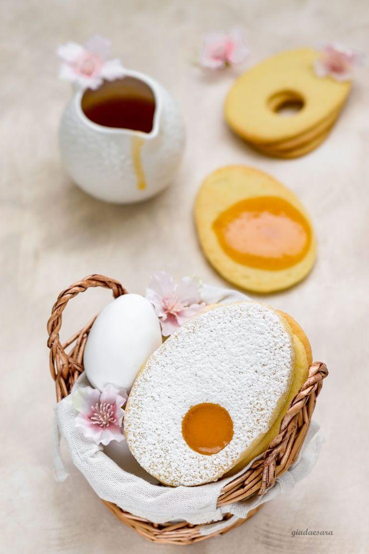 Biscotti occhi di bue (a forma di uovo) – In cucina con Giada e Sara
