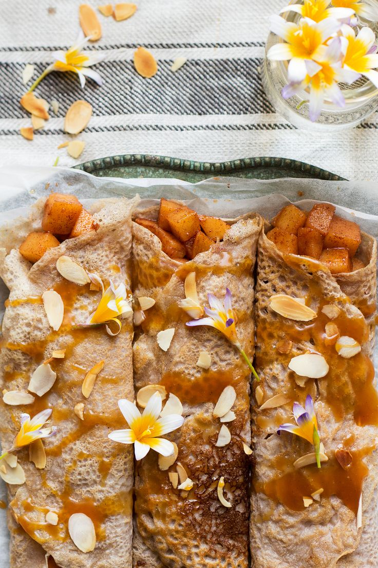 Eggless crêpes with cinnamon apples and caramel are easy to make and delicious. They are vegan and gluten-free and can be refined sugar free too.