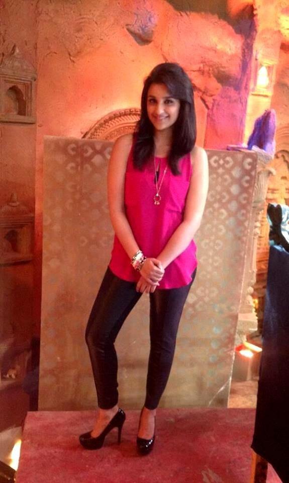 Parineeti Chopra Cute Photos #4
