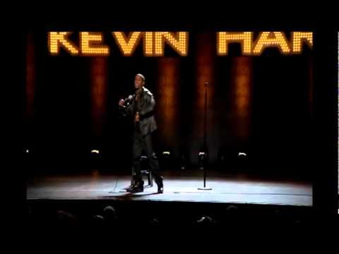 """Mind your damn MOTHERFUCKIN business bitch!"" LOL omg Kevin Hart is hilarious!"