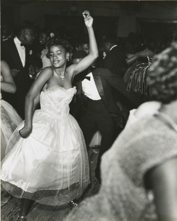 Black History Album .... The Way We Were — holdthisphoto:   Dancers at the Bon Temps Carnival...