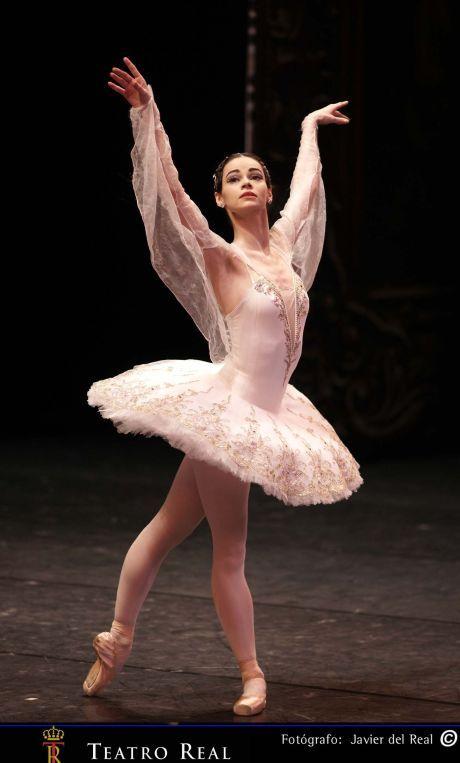 The Mariinsky Ballet's Anastasia Kolegova at a ballet gala at the Teatro Real. Photo: ©Javier del Real