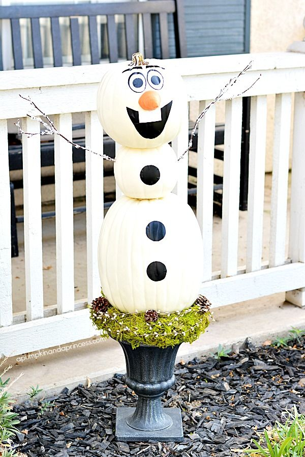 Kids will love this Olaf Pumpkin topiary. Click over to lear how to make a Disney Frozen Olaf Pumpkin topiary made with faux pumpkins so you can keep him year after year