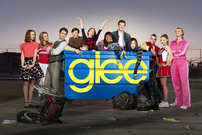 popular tv shows: Favorite Tv, Real Life, Seasons, Interesting Stuff, Glee 3, Tv Movie, Popular Tv Show, Glee Cast, Glee Llega