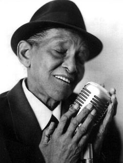 The crying Jimmy Scott... One of the greatest vocalist ever.