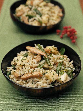 Insalata di riso con fagiolini, tacchino e formaggio