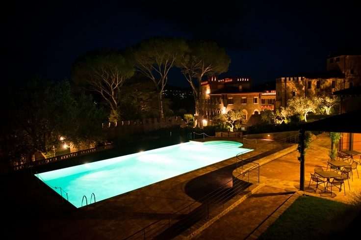 romantic atmosphere #borgodeicontiresort