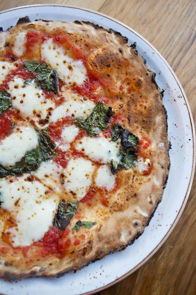 Pizza Napoletana   Ca' Momi