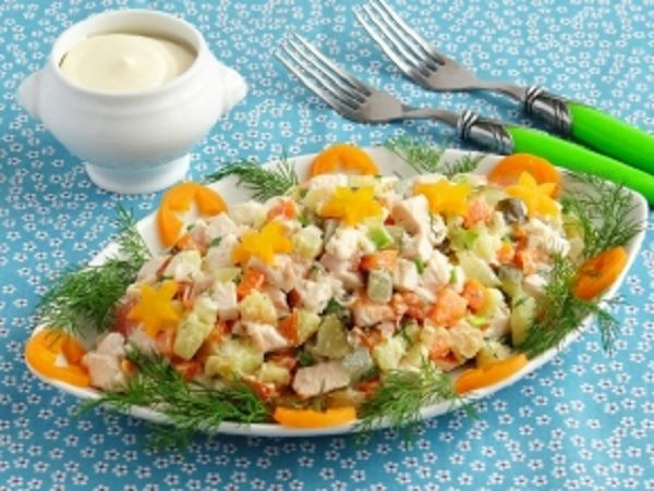 Salad with chicken.