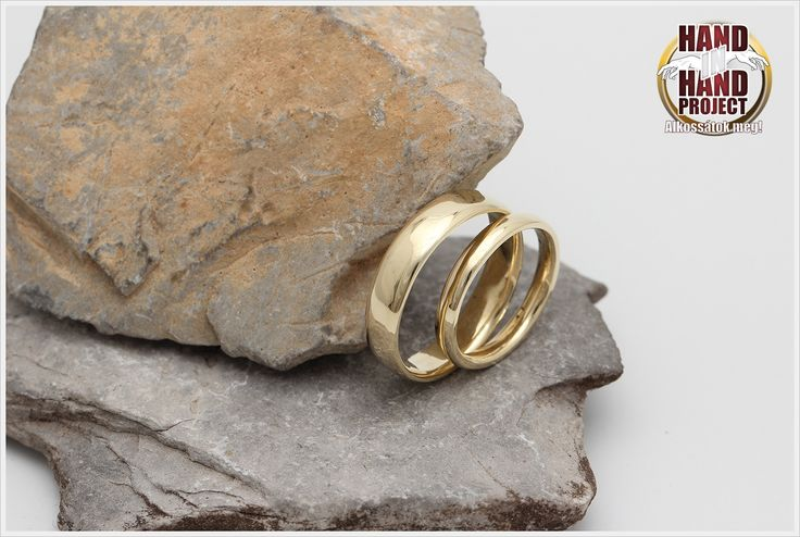 14 karátos sárga arany jegygyűrűk, saját kezűleg.