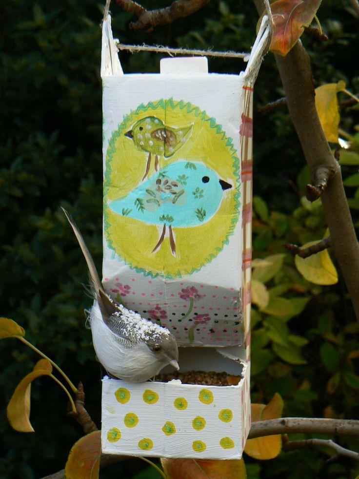 Petites mangeoires à oiseaux