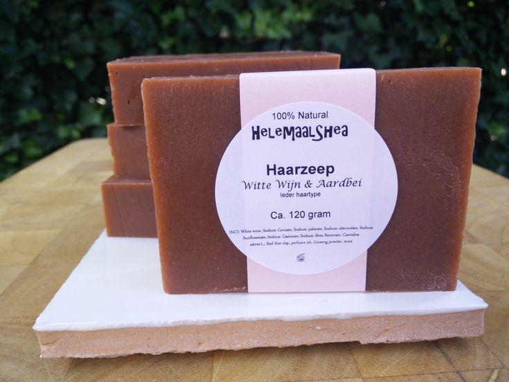 Haarzeep, Witte wijn & Aardbeien – Voor ieder haartype/ handgemaakte natuurlijke zeep / Solid Shampoo Bar / alle / haar / types / 20150716-1 door HelemaalShea op Etsy
