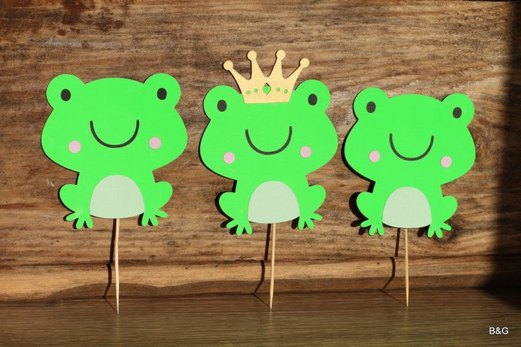 Critter party-Frog, 12-piece 3 layers frog cutout (with and without crown), birthday party,first birthday, cake topper, center piece by EllyPartyShop on Etsy