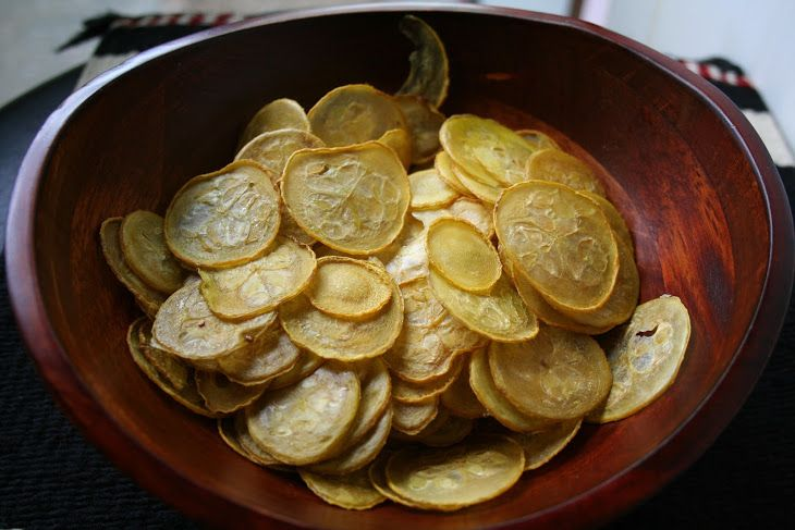 Salt and Vinegar Squash Chips Recipe Lunch and Snacks with yellow squash, olive oil, apple cider vinegar, salt