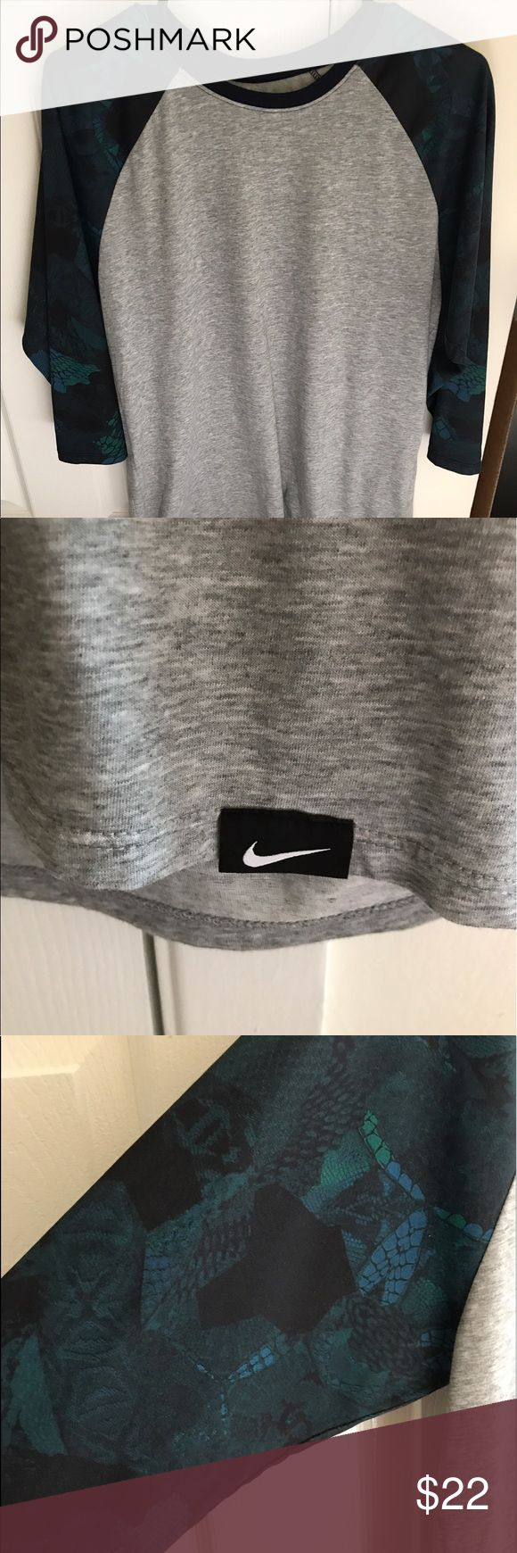 Men's Nike & Kobe 3/4 Sleeve Used, but great condition!! MENS! 3/4 sleeves! Gray with patterned sleeves in blue/green/navy/black! Kobe's symbol on the back! No trades!! Nike Shirts